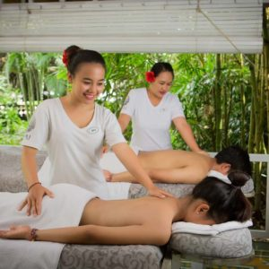 Full-Body Massage for Couples